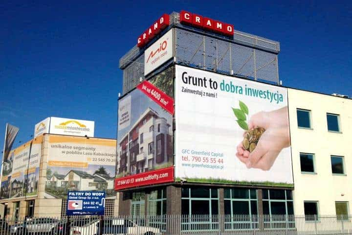 Reklama na budynek jaką reklamę wybrać?